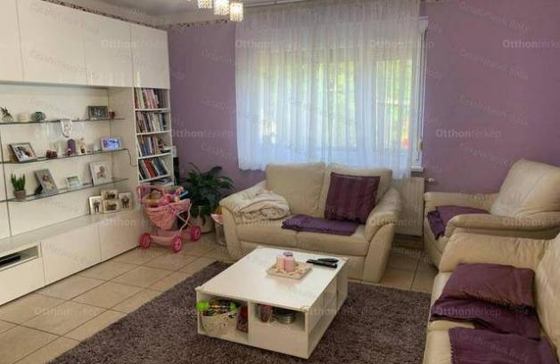 Lajosmizse eladó családi ház