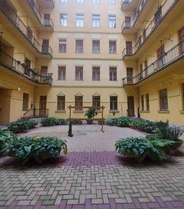 Budapesti lakás eladó, Belső-Ferencváros, 3 szobás