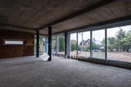 Új Építésű családi ház eladó Nagykovácsi, a Szilva utcában, 246 négyzetméteres