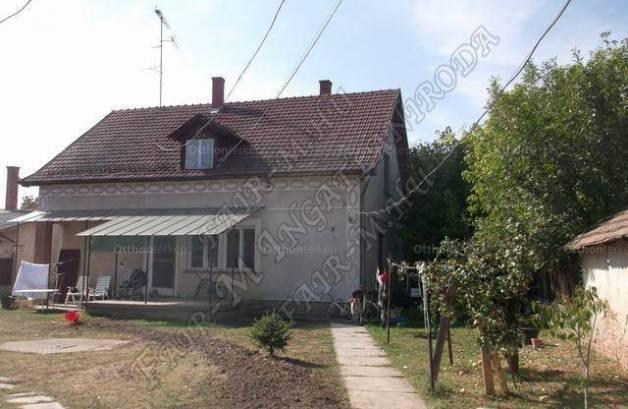 Szentes eladó családi ház