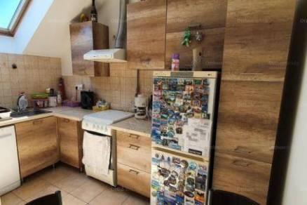 Eladó lakás Hódmezővásárhely a Kinizsi utcában, 2 szobás