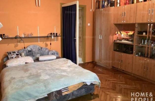 Eladó családi ház Makó, 3 szobás