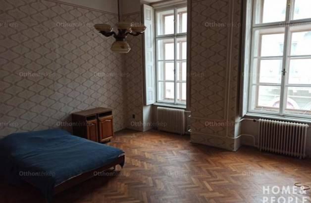Szegedi lakás eladó, 123 négyzetméteres, 3+1 szobás