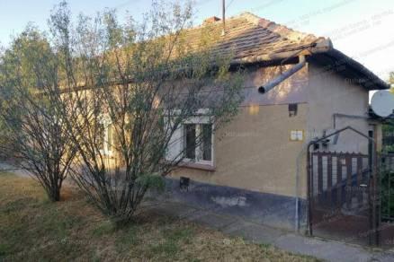 Törökszentmiklós családi ház eladó, 3+1 szobás