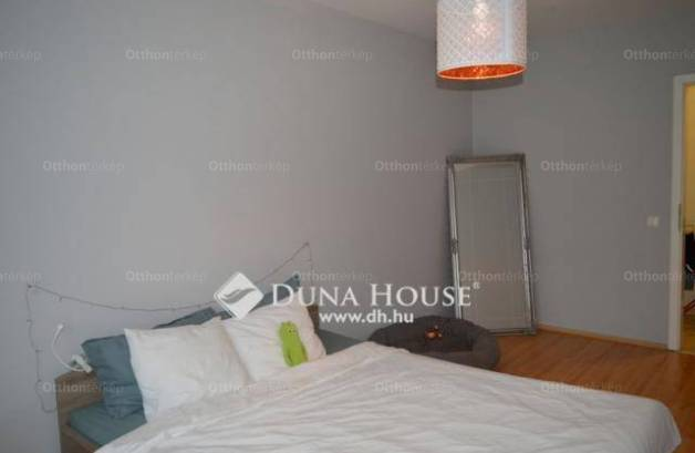 Eladó 2+1 szobás lakás Debrecen