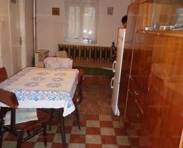 Eladó családi ház, Tabdi, 2 szobás