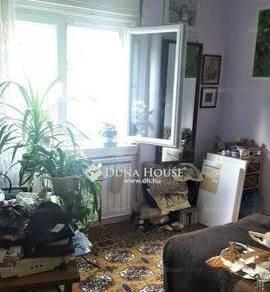 Budapest eladó házrész, Szemeretelep, Zólyom utca, 60 négyzetméteres