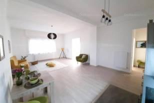 Eladó lakás Budapest, 4 szobás
