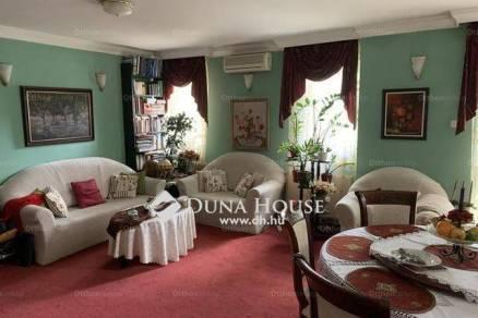 Debreceni eladó lakás, 4 szobás