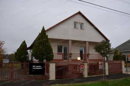 Hajdúszoboszló eladó családi ház