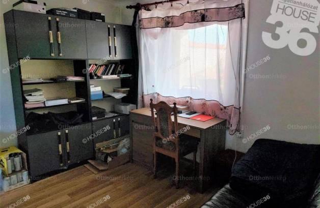 Eladó, Kiskunfélegyháza, 2 szobás