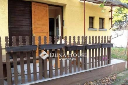 Eladó nyaraló Velence, 1+1 szobás