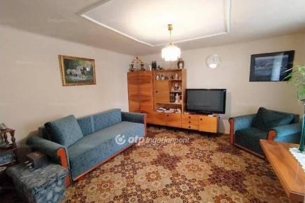 Soltvadkerti eladó családi ház, 3 szobás, 72 négyzetméteres