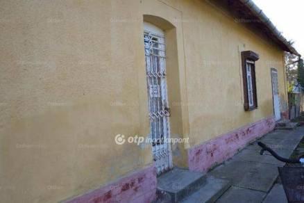 Gyula családi ház eladó, 3+1 szobás