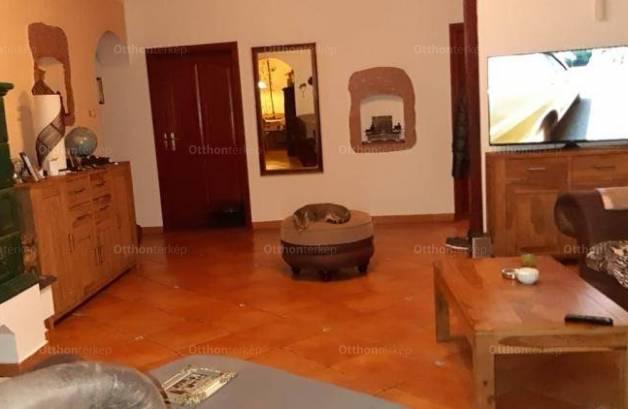 Lövői eladó családi ház, 4 szobás, 150 négyzetméteres