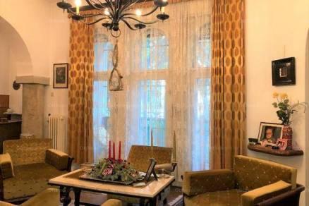 Eladó 6+1 szobás családi ház Kelenföldön, Budapest, Bikszádi utca
