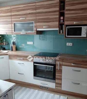 Kőszegi eladó lakás, 3 szobás, 130 négyzetméteres