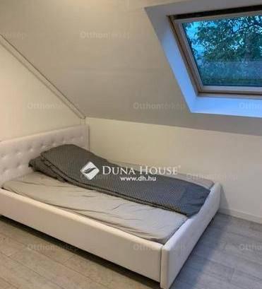 Eladó családi ház, Balatonfüred, 6+7 szobás