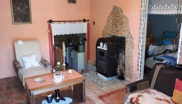 Kaposhomoki eladó családi ház, 2 szobás, 35 négyzetméteres