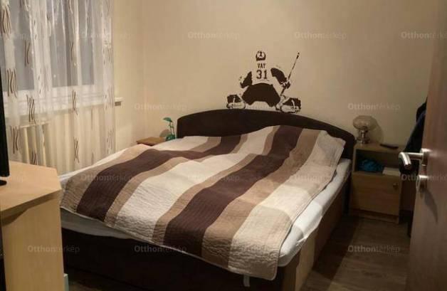 Eladó 1+2 szobás lakás Székesfehérvár
