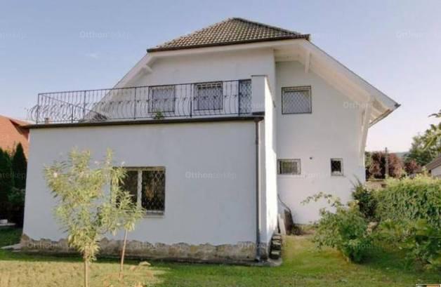 Családi ház eladó Pomáz, 180 négyzetméteres