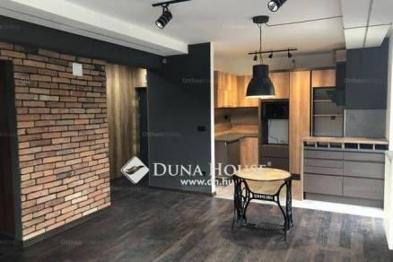 Budakeszi 2+2 szobás lakás eladó az Úrbéres utcában