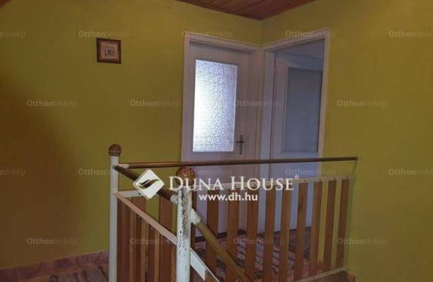 Szigetvári eladó családi ház, 5+1 szobás, 180 négyzetméteres