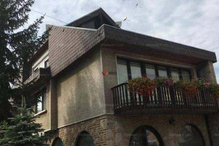 Eladó családi ház, Vác, 5 szobás