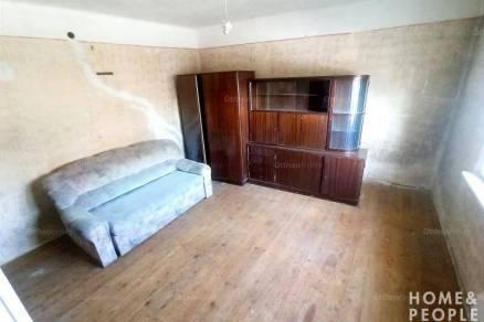 Ikerház eladó Szeged, 80 négyzetméteres