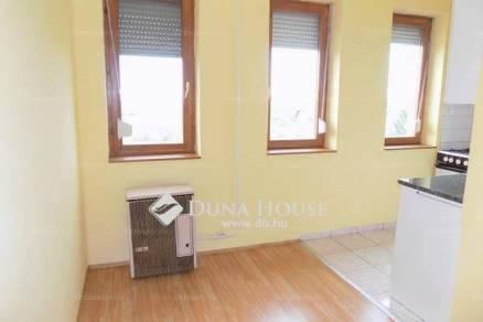 Eladó 1+2 szobás lakás Debrecen