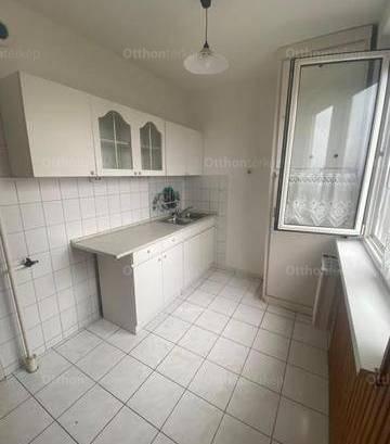 Eladó 1+2 szobás lakás Miskolc