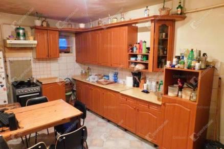 Családi ház eladó Füzesabony, 100 négyzetméteres