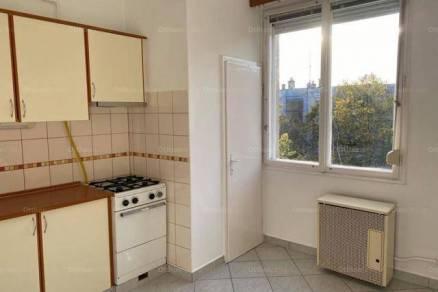 Gyulai eladó lakás, 2 szobás, 56 négyzetméteres