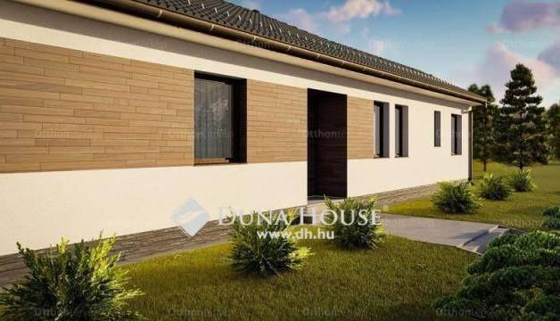 Eladó családi ház, Kecskemét, 1+4 szobás