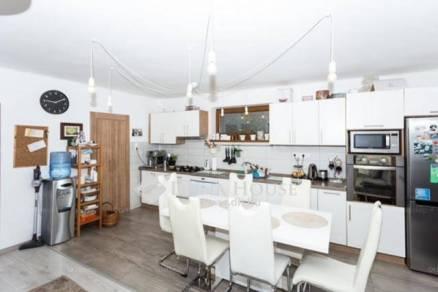 Eladó 5 szobás családi ház Kozármisleny