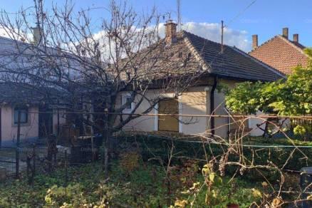 Budapesti családi ház eladó, Gubacsipusztán, Kakastó utca 56., 3 szobás