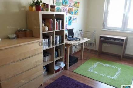 Eladó, Veszprém, 1 szobás