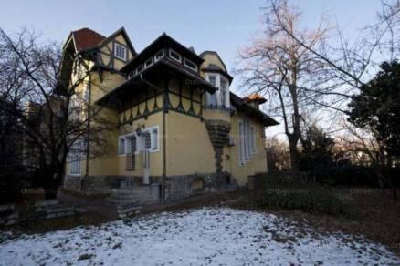 Budapest 7+1 szobás családi ház eladó