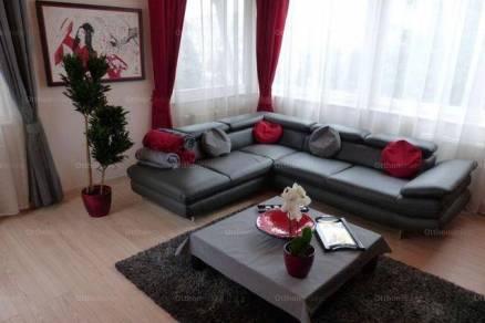 Eladó családi ház Budafokon, 5+1 szobás
