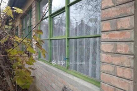 Családi ház eladó Gyula, 115 négyzetméteres