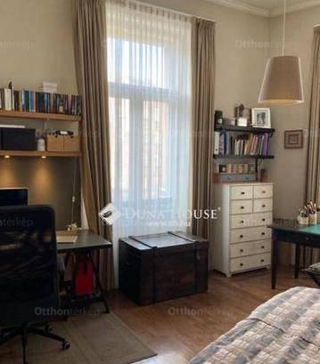 Eladó lakás Józsefvárosban, VIII. kerület Népszínház utca, 3 szobás