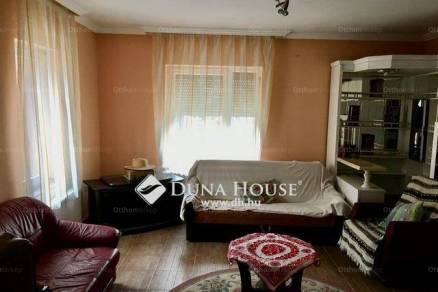 Eladó 4+2 szobás családi ház Rákoskeresztúron, Budapest, Bélavár utca