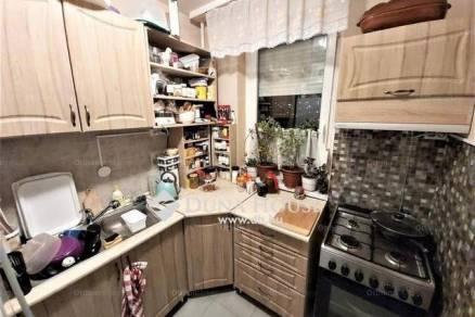 Veszprém 1+3 szobás lakás eladó a Damjanich János utcában
