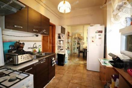 Eladó lakás, Kecskemét, 2 szobás