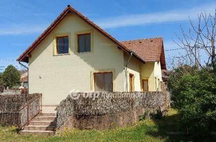 Budapesti családi ház eladó, Soroksáron, 7 szobás