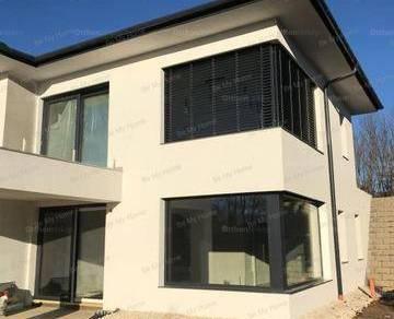 Üröm eladó új építésű lakás