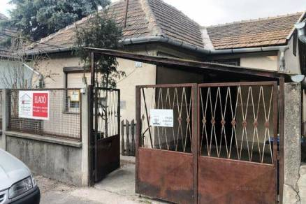 Eladó családi ház Budapest, 2 szobás