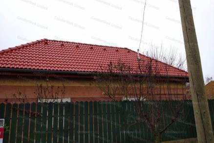 Eladó családi ház, Rákóczifalva, 2 szobás