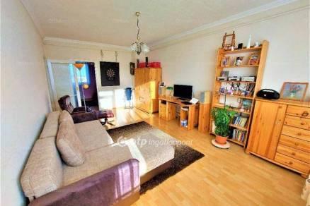 Nagykőrös 2 szobás lakás eladó a Gyopár utcában