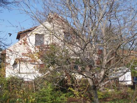 Göd eladó családi ház a Zrínyi Miklós utcában